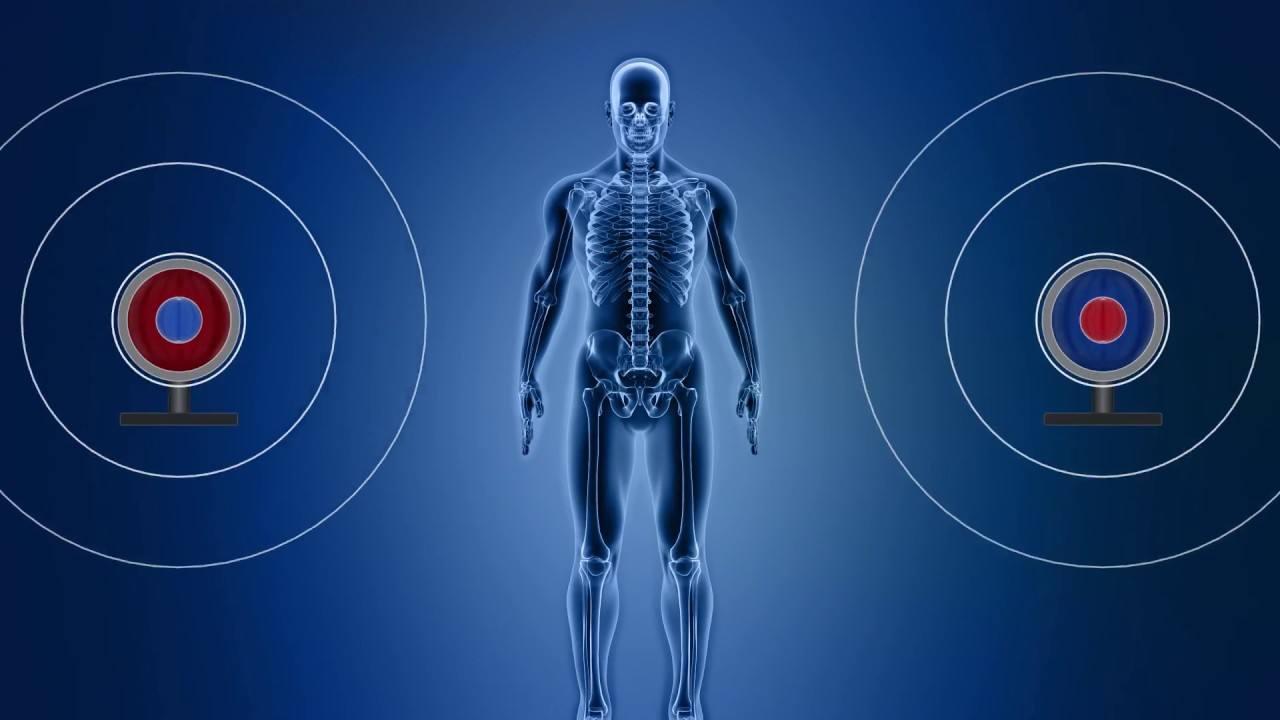 articulațiile și spatele sunt în mod constant dureroase